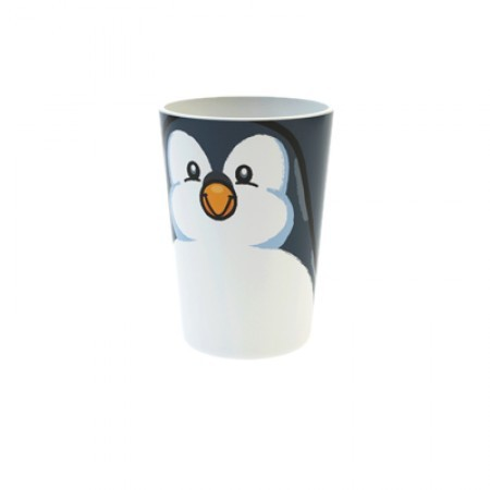 Becher mit Pinguin als Motiv